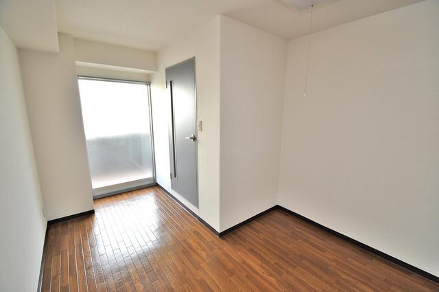 清洲プラザ高井田 シンプルな単身さん向きのマンションです。