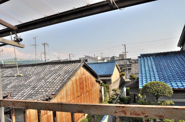 若江本町4-8-40貸家 この見晴らしが陽当たりのイイお部屋を作ってます。
