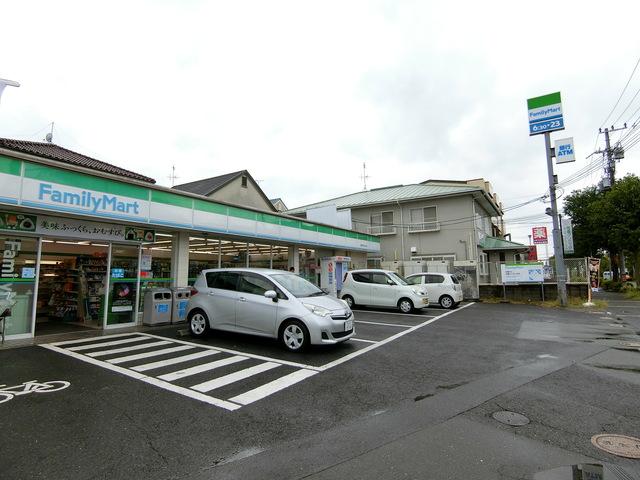 ファミリーマート富田林津々山台店