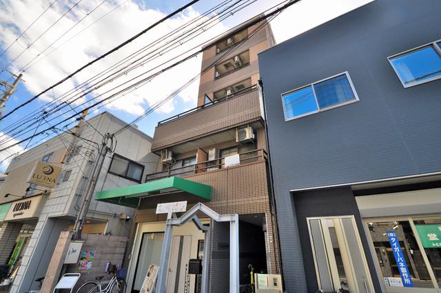 MAISON YAMATO シックな色合いで落ち着いた雰囲気のマンションです。