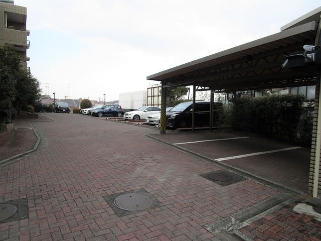 アプリーレ玉川学園駐車場