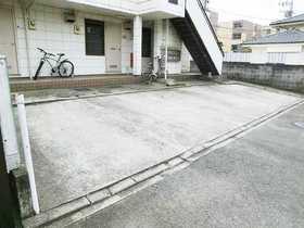 ソレイユ杉田駐車場
