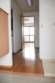 https://image.rentersnet.jp/8808c1db-5771-4192-b69f-626720726b6b_property_picture_2419_large.jpg_cap_居室