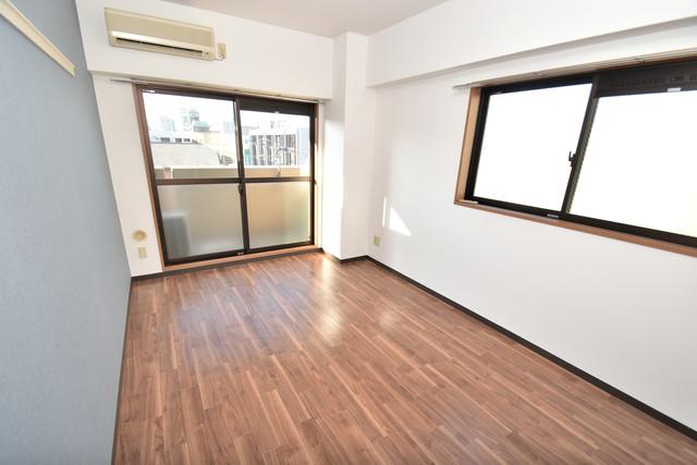 サンピリア小阪 朝には心地よい光が差し込む、このお部屋でお休みください。