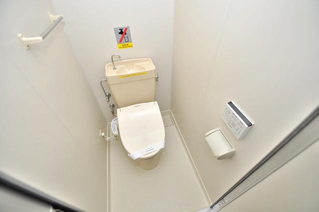新深江池田マンション 清潔感のある爽やかなトイレ。誰もがリラックスできる空間です。