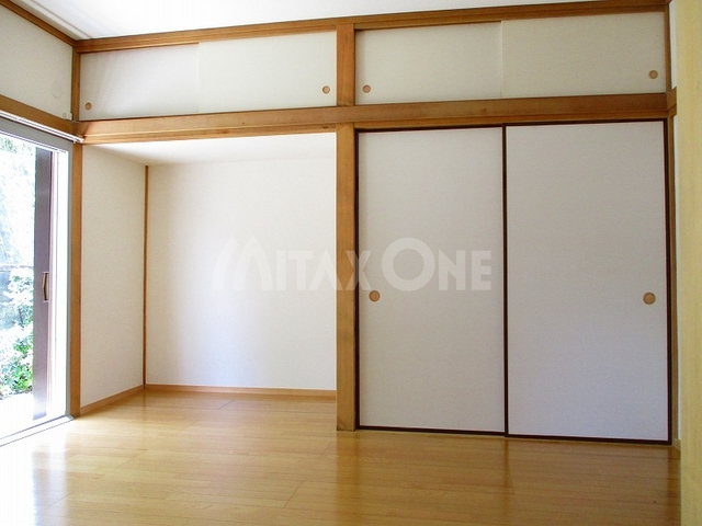 芦川貸家居室