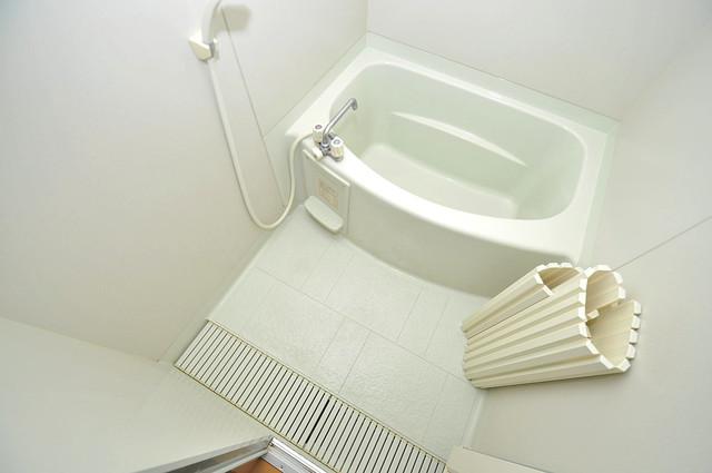 メゾンドゥエスポワール ゆったりと入るなら、やっぱりトイレとは別々が嬉しいですよね。