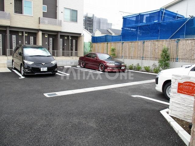ジョワイユティーケー(JOYEUX T K)駐車場