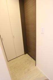 シルエラ B号室
