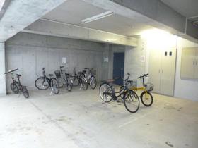 スカイコート新宿新都心第2駐車場