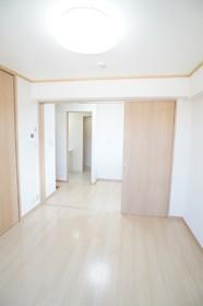 エーワンハイム 407号室