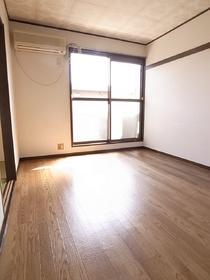 この綺麗さで家賃5万円台は安いですよ!
