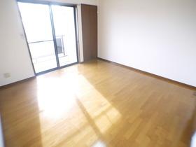 https://image.rentersnet.jp/8b18aaeb-f6eb-4507-87d9-76ac7bc5d0a9_property_picture_957_large.jpg_cap_居室