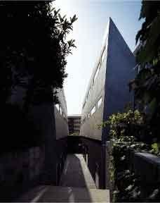 恵比寿駅 徒歩13分の外観画像