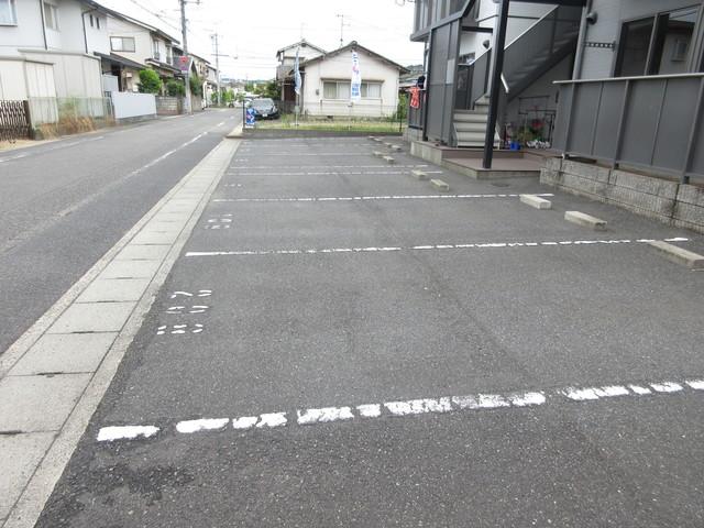 メゾン武智 D駐車場