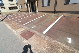https://image.rentersnet.jp/8b4bab8a-2d07-4abb-b3be-7720044d4dbb_property_picture_958_large.jpg_cap_駐車場