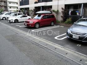 フローリーケー(Fleuri K)駐車場