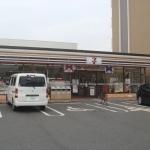 CASSIA高井田NorthCourt セブンイレブン高井田本通5丁目店