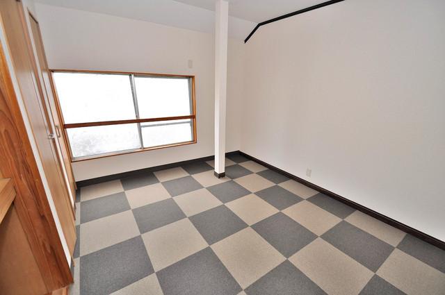 小路東2-3-9 貸家 ゆとりのあるベッドルームで快適な睡眠をとってくださいね。