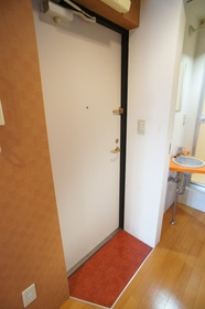 Maple Court 202号室