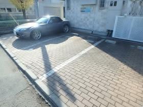 ドリームコート南平駐車場
