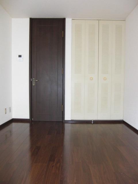 グリーンドエル三春台居室