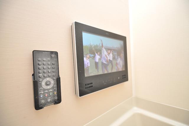 ディオーネ・ジエータ・長堂 なんとお風呂にテレビがついているんです。リッチですね