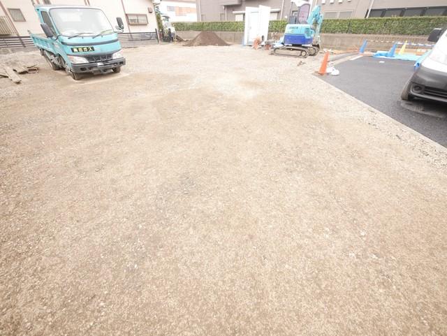 トレゾア駐車場