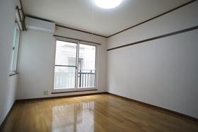 https://image.rentersnet.jp/8cc479a8-bf77-4794-be45-324b5515f08f_property_picture_956_large.jpg_cap_居室