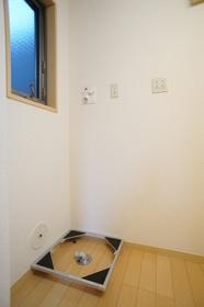 ドルミ・K 102号室