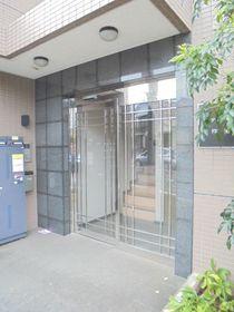 プレティナージュ横浜エントランス