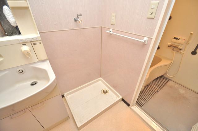 トリニティ加美東 洗濯機置場が室内にあると本当に助かりますよね。