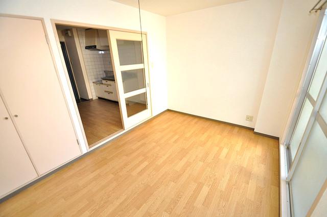 ツインコンフォートハイツ岩崎 ゆとりのあるベッドルームで快適な睡眠をとってくださいね。