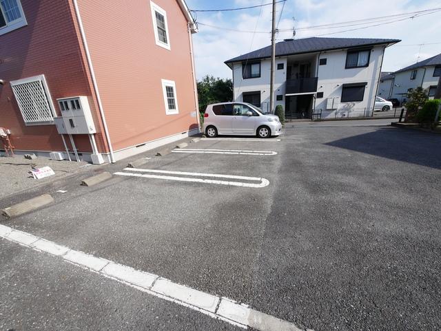 フォレスタA駐車場