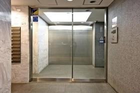 神泉駅 徒歩6分エントランス