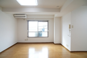 山階ハイツ 202号室