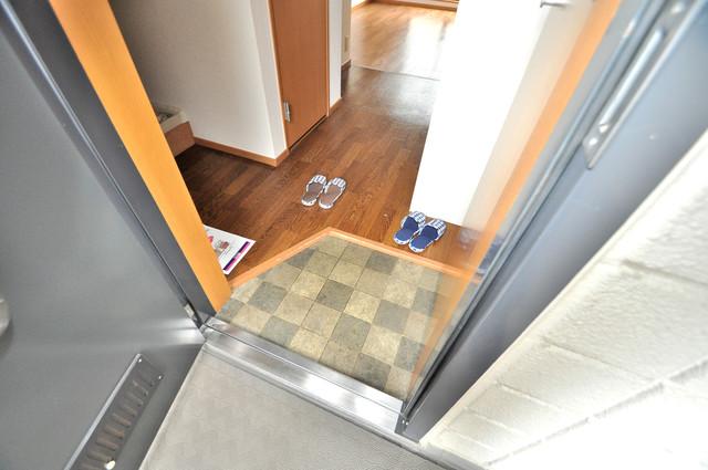 メゾン・ド・ソレイユ 素敵な玄関は毎朝あなたを元気に送りだしてくれますよ。