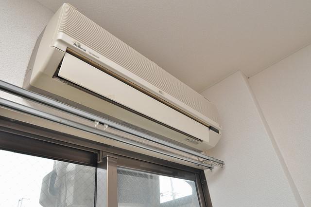 東大阪市上小阪4丁目の賃貸マンション エアコンが最初からついているなんて、本当に助かりますね。
