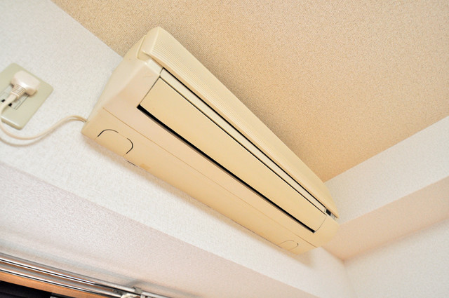 ロンモンターニュ小阪 エアコンが最初からついているなんて、本当に助かりますね。