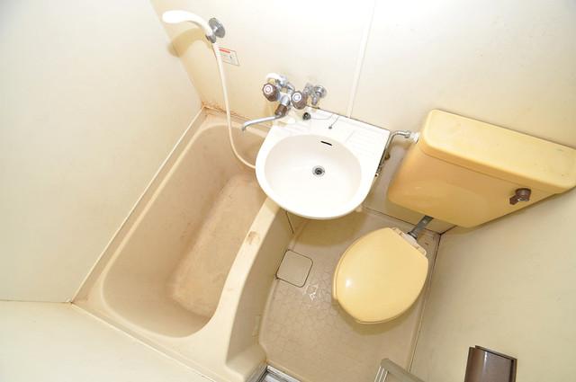メルヘン新今里 シャワー一つで水回りが掃除できて楽チンです