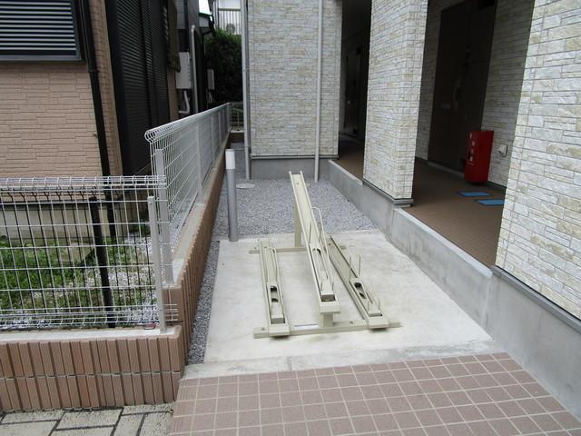 町田駅 徒歩16分駐車場