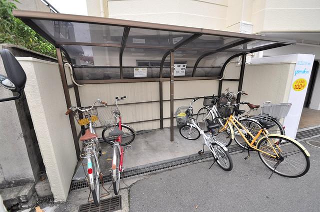ラフォーレ菱屋西Ⅱ あなたの大事な自転車も安心してとめることができますね。
