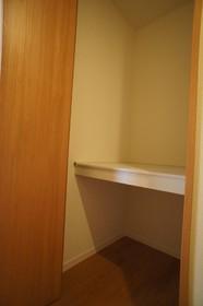 グリーンコート 202号室