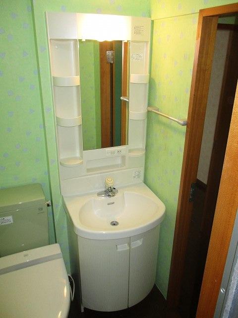 ルピナス・イースト洗面所