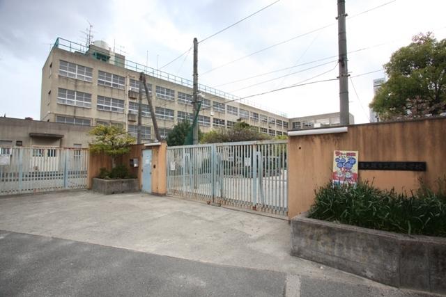 カーサヴェルデ 東大阪市立藤戸小学校
