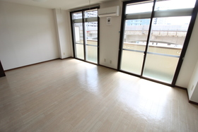 https://image.rentersnet.jp/8fdea194-e23c-49ca-963a-51365c0f7baf_property_picture_958_large.jpg_cap_居室