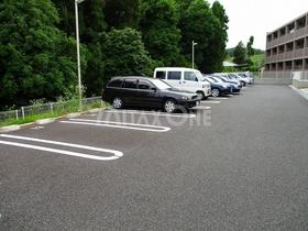 アルバツー(アルバ2)駐車場