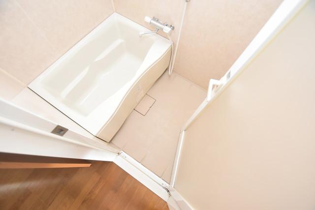 サンオークスマンション 広めのお風呂は一日の疲れを癒してくれます。