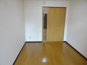 https://image.rentersnet.jp/9090a1ff-ff42-4478-b5b6-71c75ad6e71b_property_picture_2418_large.jpg_cap_居室