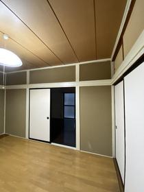 https://image.rentersnet.jp/90ec18ca-9b49-4c41-99d6-645aac9ac3f2_property_picture_953_large.jpg_cap_居室